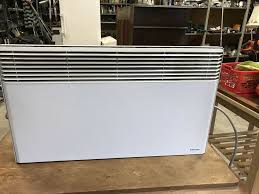 e heizkörper dimplex 2000 watt mit wandhalterung