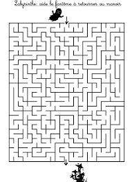labyrinthe aide le fantôme à retrouver la maison hantée jeu