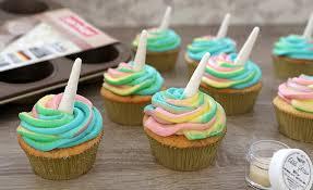 Einhorn Cupcakes Erdbeer Joghurt Kuchen Mit Weisser Schokoladen