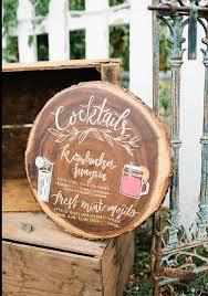 12 Unique Wooden Log Wedding Decoration 24