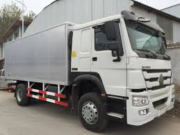 100 Truck Sleeper Cab White Commercial Cargo 16 Tons 15 CBM One High Roof