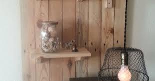 Pallet Wall Shelf W Egg Basket Light