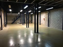 bureaux à louer montpellier hangar et bureaux à louer périphérie montpellier un commerce en