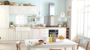 renovation cuisine rustique renovation cuisine rustique repeindre une cuisine les 5 erreurs a