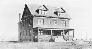 Double Residence 1895