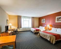 Best Price on Clarion Inn & Suites Miami Airport in Miami FL