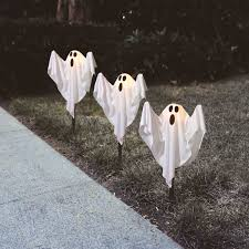 Halloween Pathway Lights Stakes by Ghost Fabric Halloween Lawn Stakes Set Of 3 Halloween Decoration