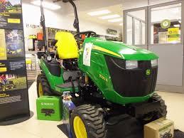John Deere 1025r Mower Deck Adjustment by 103 Best Jd Lawn Garden Images On Pinterest Lawn Tractors