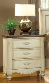 Pulaski Maguire Bar Cabinet by Chateau Sleigh Bedroom Set From American Woodcrafters 3501 50sle