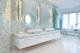 Modern Master Bedroom With Bathroom Design Trendecors Contemporary Master Bedroom Ensuite Bath Segreti Design
