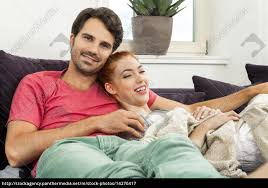 lizenzfreies bild 14270417 junges liebespaar ehepaar im