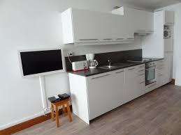 tv dans cuisine petit meuble cuisine ikea cuisine equipee ikea on decoration