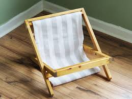 Assemble Your Beach Chair Cat Bed - The Purring Saw