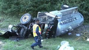 100 Sanitation Truck Truck Driver Injured In I95 NB Crash