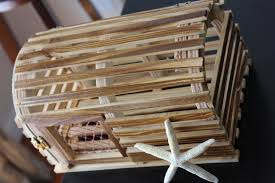 Decorative Lobster Trap Uk by Repurposed Wooden Lobster Trap Crafts Pinterest Lobster Trap
