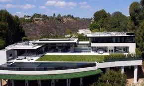 une incroyable villa de luxe est à vendre à los angeles attendez