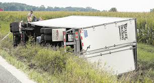 100 Stoughton Trucking Semi Rolls Into Ditch Near Old Fort News Sports Jobs The Advertiser
