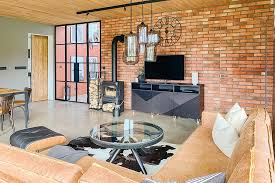 spiegeltür im vorraum im minimalistischen stil reno türen