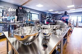 magasin spécialisé ustensile cuisine un voyage gourmand dans les vosges détour dans la boutique d usine