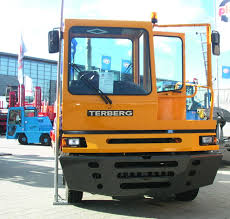 File:Terberg YT Front.jpg - Wikimedia Commons Electric Waste Truck By Tberg Sroca Debuts Eltrivecom Tberg Twitter Search Tberg Tt22 4 X 2 Terminal Shunter 1999 Walker Movements Overview Smartset News Maiden Voyage Of The Largest Street Legal Electric Vehicles For Sale Centurion Truck Ralcenturion Rental Yt182 Supplied To Celtic Pure Mpm Specialist Completely Sustainable Coinental Equips With 3rd Volvo Fmx 106 Bas Ming Trucks Iepieleaks Fm1850t 380 Euro Norm 13900 Tkl 3x3m Lasbilmontert Retrade Offers Stock Photos Images Alamy