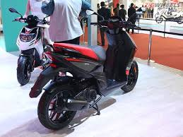 Aprilia SR150 Scooter To Share Engine With The Vespa 150
