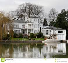 100 River Side House Side Stock Photo Image Of Opulence Architecture