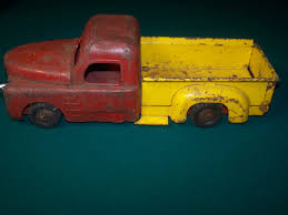 Structo Side Step Pick-Up Truck | Toy Trucks | Pinterest | Toy Trucks 1950s Structo Hydraulic Toy Dump Truck Vintage Nice Yellow Toy Truckgreen Trailer Yellow Steam Shovel Farms Cattle Hauler Steel Trailer Light 992 Vintage Grnuploweredga Structo Toys Freight Hauler Truck Fire Engine Ardiafm Hap Moore Antiques Auctions Lot Of 2 Machinery Steam Shovel Pressed Steel Hydraulic Dumper 401 Red Cab Yellow Toys R Us Pressed