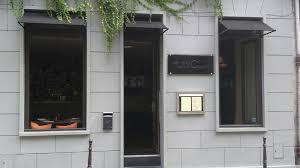 des gar輟ns dans la cuisine des gars dans la cuisine restaurant 72 rue vieille du temple