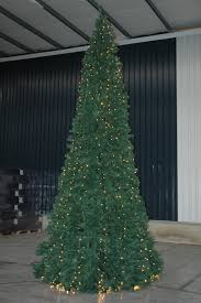 Flagpole Christmas Tree by Royal Christmas Giant Tree Building Instructions Youtube