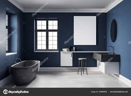 modernes blaues badezimmer mit leerem poster