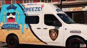 100 Icecream Truck Police Officer Finally Gets Ice Cream So He Can Give Away Free