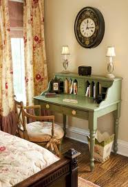 Small Room Desk Ideas by Best 25 Writing Desk Ideas On Pinterest Home Office Desks