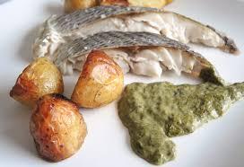 cuisiner l oseille dorade au four pommes de terre nouvelles sauce à l oseille