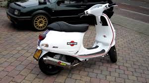Martini Racing Vespa 125CC Remote Start