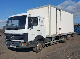 1996 MERCEDES 814 6 CYLINDER 5 SPEED MANUAL SLEEPER CAB 20FT BOX ...