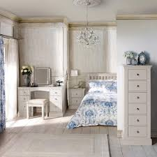 Blakely White Bedroom Collection