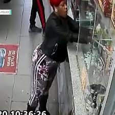 Angry Convenience Store Customer Goes All Pyro With Hairspray And A