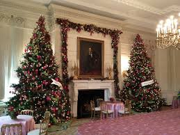 Potted Christmas Tree by Decorations Stunning Christmas Dining Decoration Ideas Combine