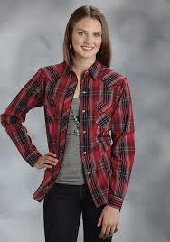 roper women u0027s red u0026 black embroidered plaid long sleeve snap