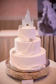 Disney Garden Decor Uk by Silver Wedding Cake Decorations Wedding Ideas By Colour Chwv