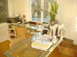 arbeitsplatz im wohnzimmer wie mit wenigen handgriffen