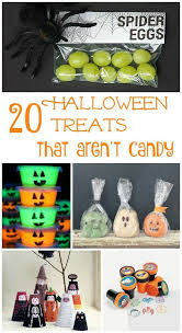 Best Halloween Candy To Give Out by Best 25 Trick Or Treat Games Ideas On Pinterest Kids Halloween
