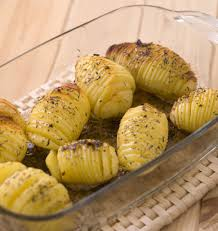 comment cuisiner des pommes de terre pommes de terre rôties à la suédoise hasselback potatoes