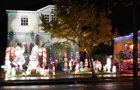 Clovis Christmas Tree Lane by Best Christmas Lights And Holiday Displays In Alameda Alameda County