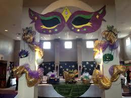 Mardi Gras Wooden Door Decorations by 17 Best Images About Mardi Gras On Pinterest Masks Mardi Gras