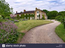 100 Www.home And Garden A Large Estate Home And Gardens Near Salisbury Wiltshire England