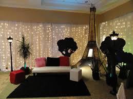 Image Of Romantic Eiffel Tower Room Decor