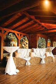 42 Romantic Barn Wedding Decorations BarnsRustic WeddingsWestern