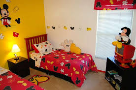 Minnie Mouse Bedroom Decorations by Mickey Mouse Bedrooms With Sticker Wall Prints And Double Platform