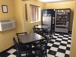 The Dining Room Jonesborough Tn by Hotel Super 8 Johnson City Tn Booking Com